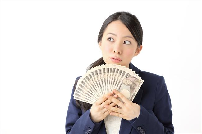 クレジットカード現金化業者が儲かる仕組みと裏事情